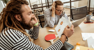 Люди рядом. 11 привычек, которые всех бесят, и их истоки